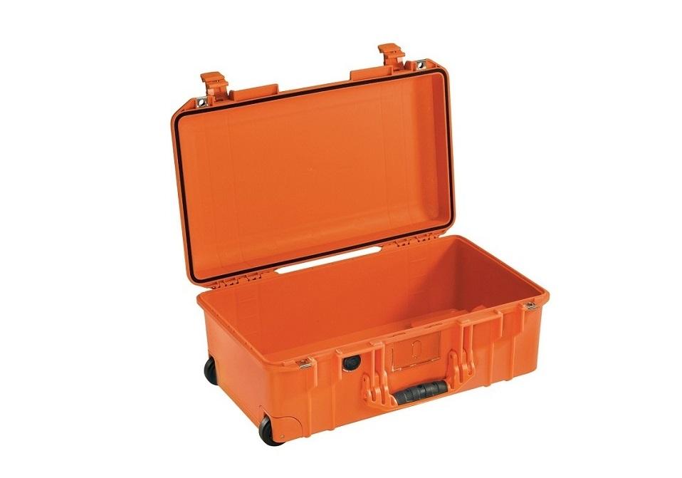 Pelican Air 1535 1535NF No Foam Hard Case Orange 015350-0011-150